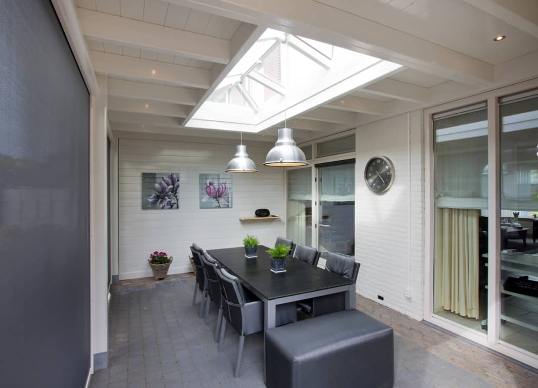 Tuinkamer Van Hout Met Lichtstraat