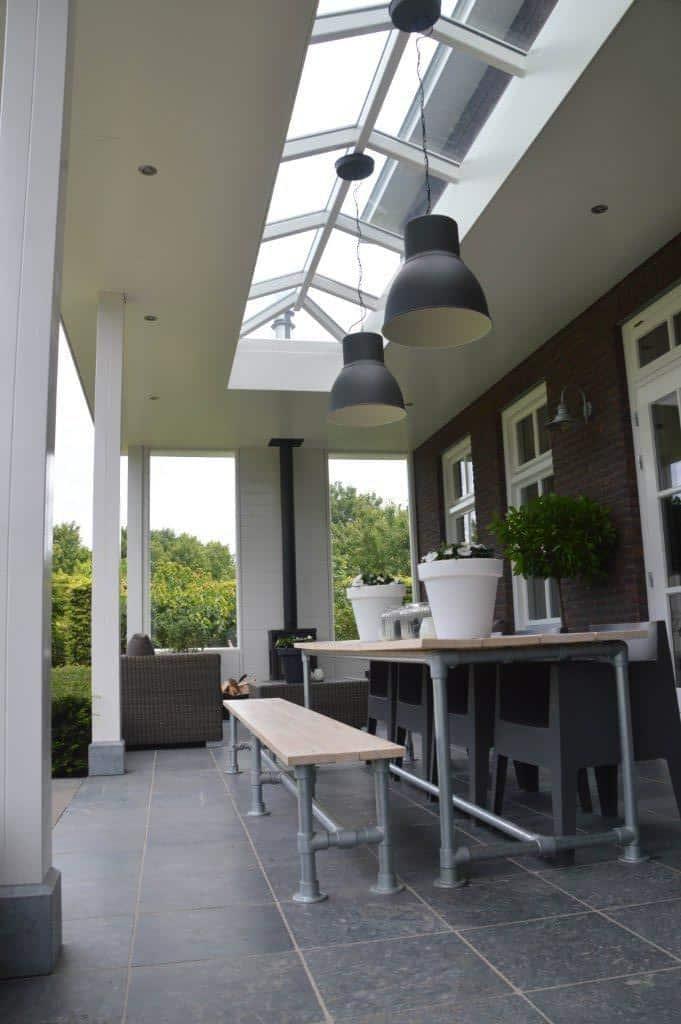 Sfeervolle veranda herenhuis stevensweert